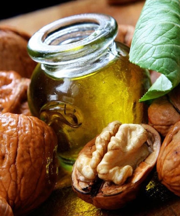 amazing-benefits-walnut-oil-skin-hair-health_02