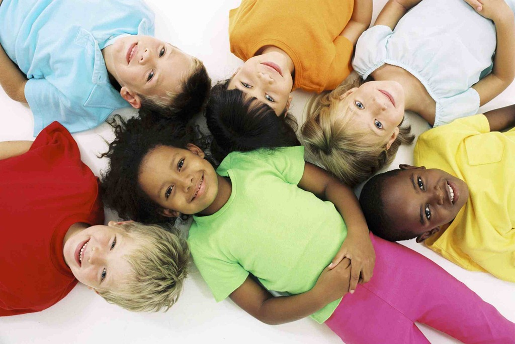 healthy-food-for-childre-kids-eating-healthy-food